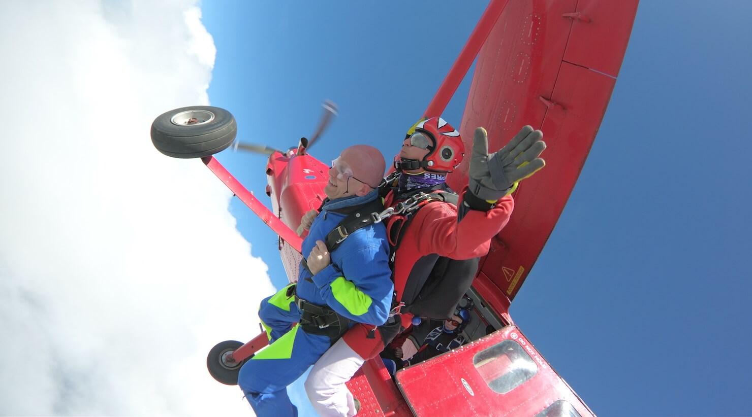 szukanie pasji - skok ze spadochronem